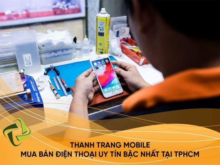 ep mat kinh iPhone 8 Plus