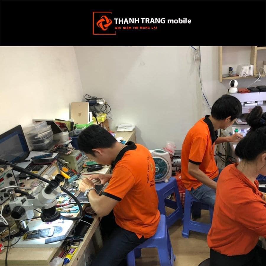 Thay- vo- iPhone- XS- tai- Thanh- Trang- Mobile