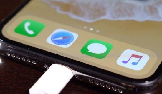 Chân Sạc iPhone XS bị hư hỏng