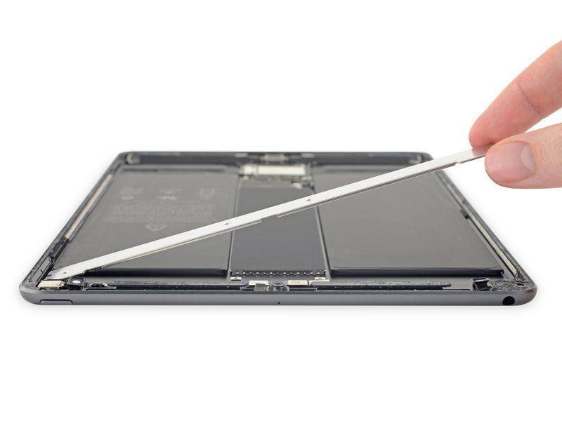 thay pin iPad Air 3