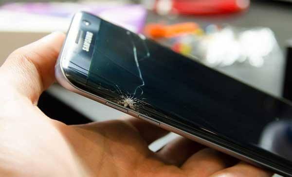 Thay ép kính điện thoại Samsung