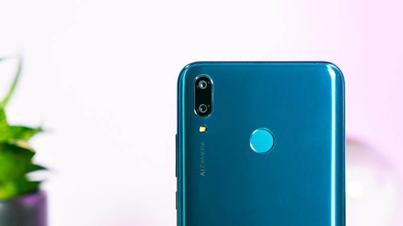 Thay Camera Sau Huawei Y9 ( 2019 )