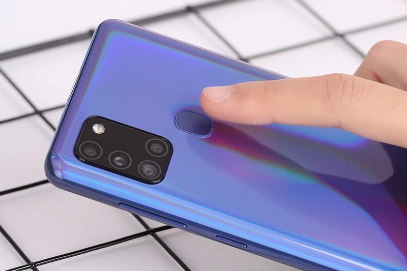 Samsung Galaxy A21s sử dụng cảm biến vân tay ở mặt sau