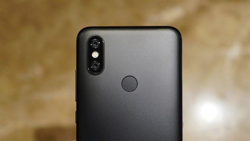 Xiaomi Mi A2 được đầu tư hiệu năng và cấu hình mạnh mẽ