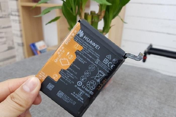 thay pin Huawei P40